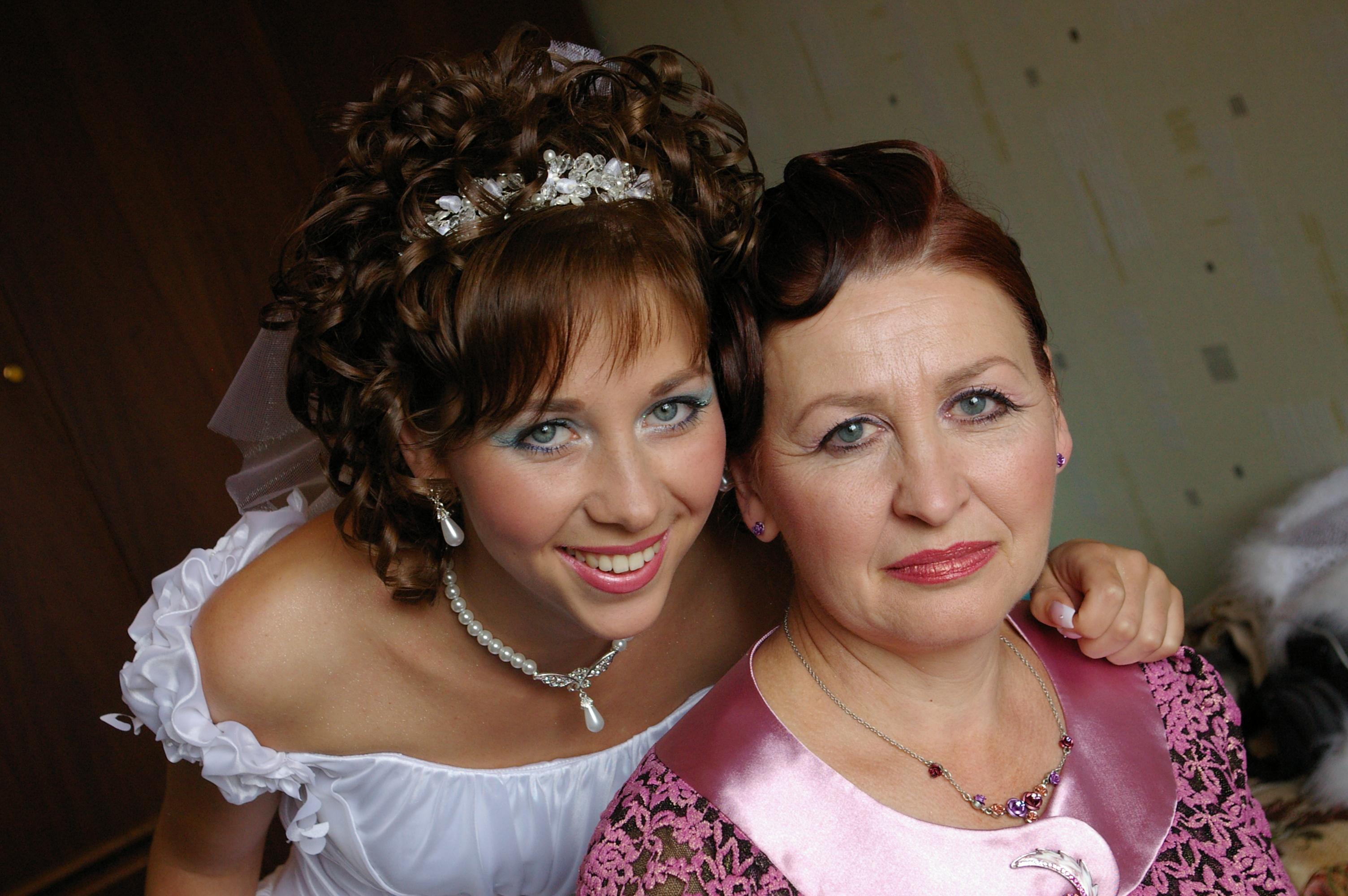 Макияж для мамы невесты